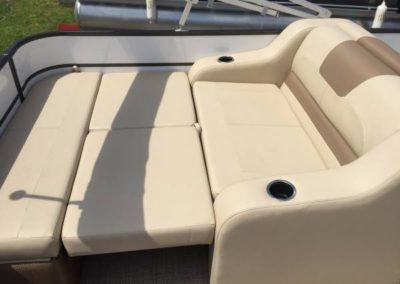2017 22' Crest Pontoon w/ 115HP Mercury