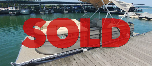 SOLD: 2015 Crest I SLRD Pontoon w/ 90 HP Mercury CT Outboard – $23000 (Sevierville)