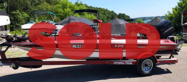 1983 Hydra Sports X-270 Bass Boat – $5400 (Sevierville)