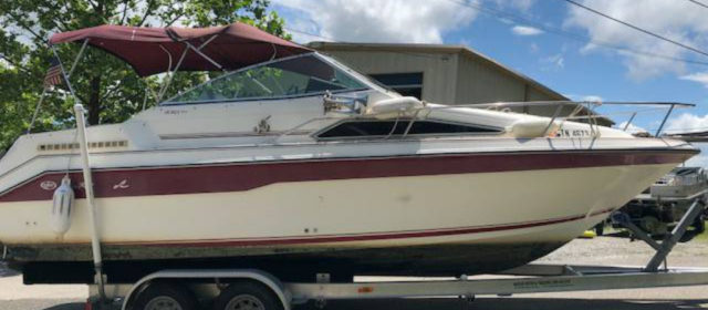 1989 Sea Ray 220 DA Sundancer – $10400 (Sevierville)