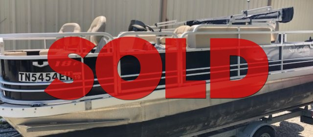 SOLD: 2014 Suncatcher G3 V 18 Fish Pontoon – $12900 (Sevierville)