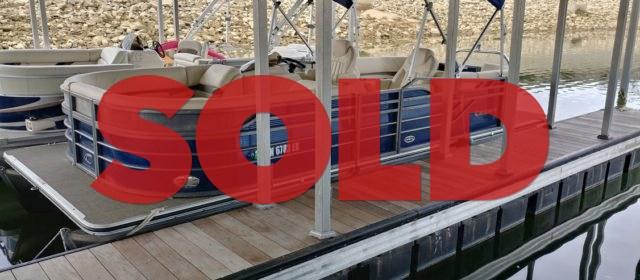 SOLD: 2015 Crest III 230 SLC – $29999 (Sevierville)