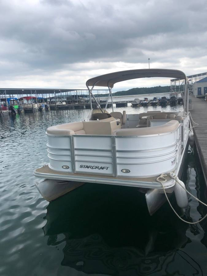 2013 Starcraft Stardeck - Mountain Cove Marina