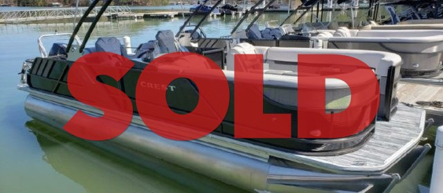 2019 Crest Caliber 230 SLC Pontoon Boat Black/Stone Gray – $58,200 (plus freight)