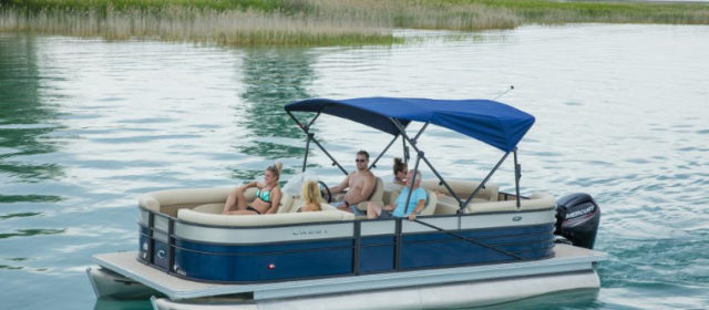 2020 Crest LX 220 L Pontoon Boat Navy/White