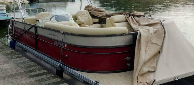 2016 Crest II 230 SLR2 Pontoon w/ 2016 150HP 4 Stroke Mercury Outboard – $29500 (Sevierville)