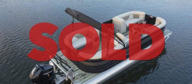 2020 Crest Classic DLX 220 SLS Tritoon Boat