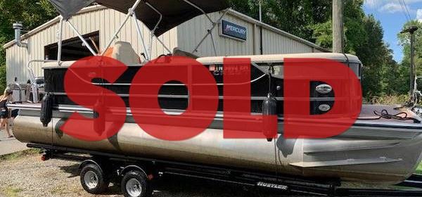 SOLD: 2014 Crest III 230 – $22,500 (Sevierville)