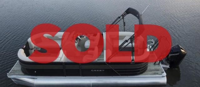 2021 Crest DLX 220 SLS Pontoon Boat Caribou/White