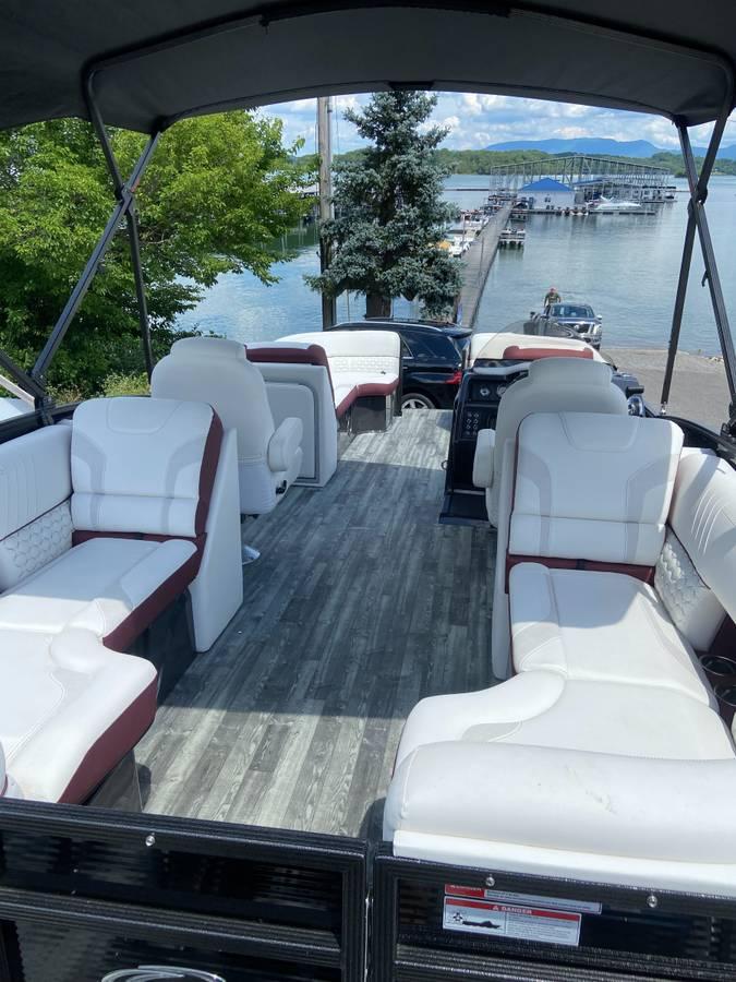 2020 Crest Caribbean LX 230 SLC - $68,900 (SEVIERVILLE)