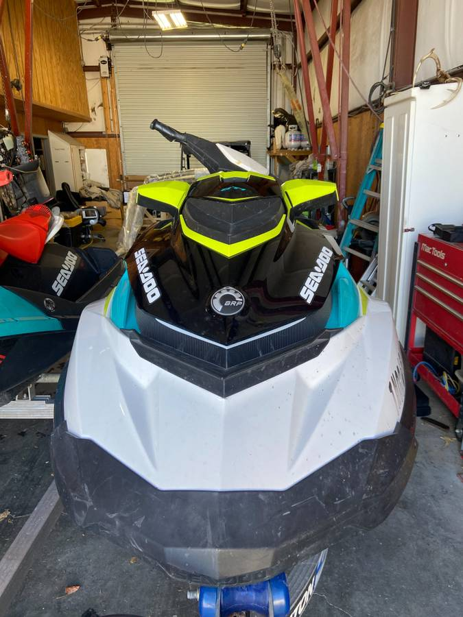 2018 Seadoo Spark and 2018 Seadoo BRP - $15,900 (Sevierville)